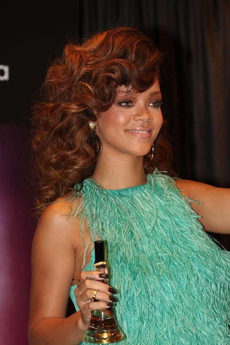 Best ideas about Rihanna Curly Hairstyles . Save or Pin Rihanna Curly Hairstyles for Long Hair Hairstyles Weekly Now.