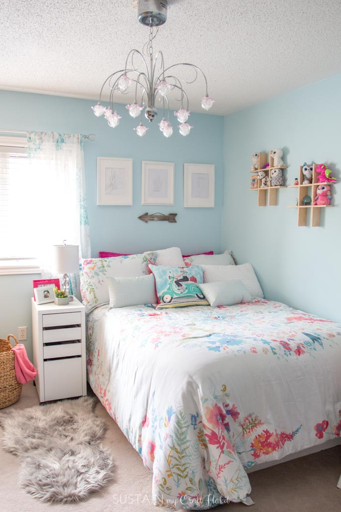 Best ideas about Room Decor Ideas For Tweens . Save or Pin Tween Bedroom Ideas in Teal and Pink MyColourJourney Now.
