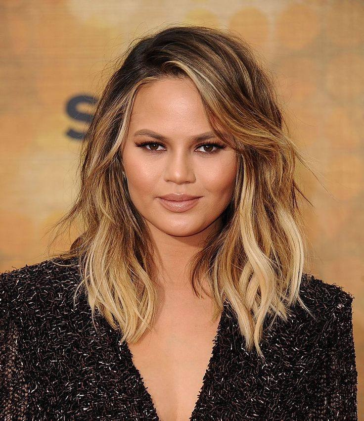 Best ideas about Round Face Medium Length Hairstyles . Save or Pin Best 25 Fat face haircuts ideas on Pinterest Now.