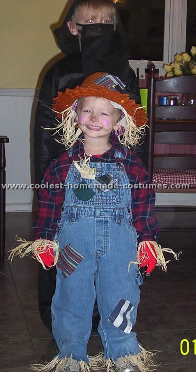 Best ideas about Scarecrow Halloween Costume DIY . Save or Pin Coolest Homemade Scarecrow Costume Ideas Now.