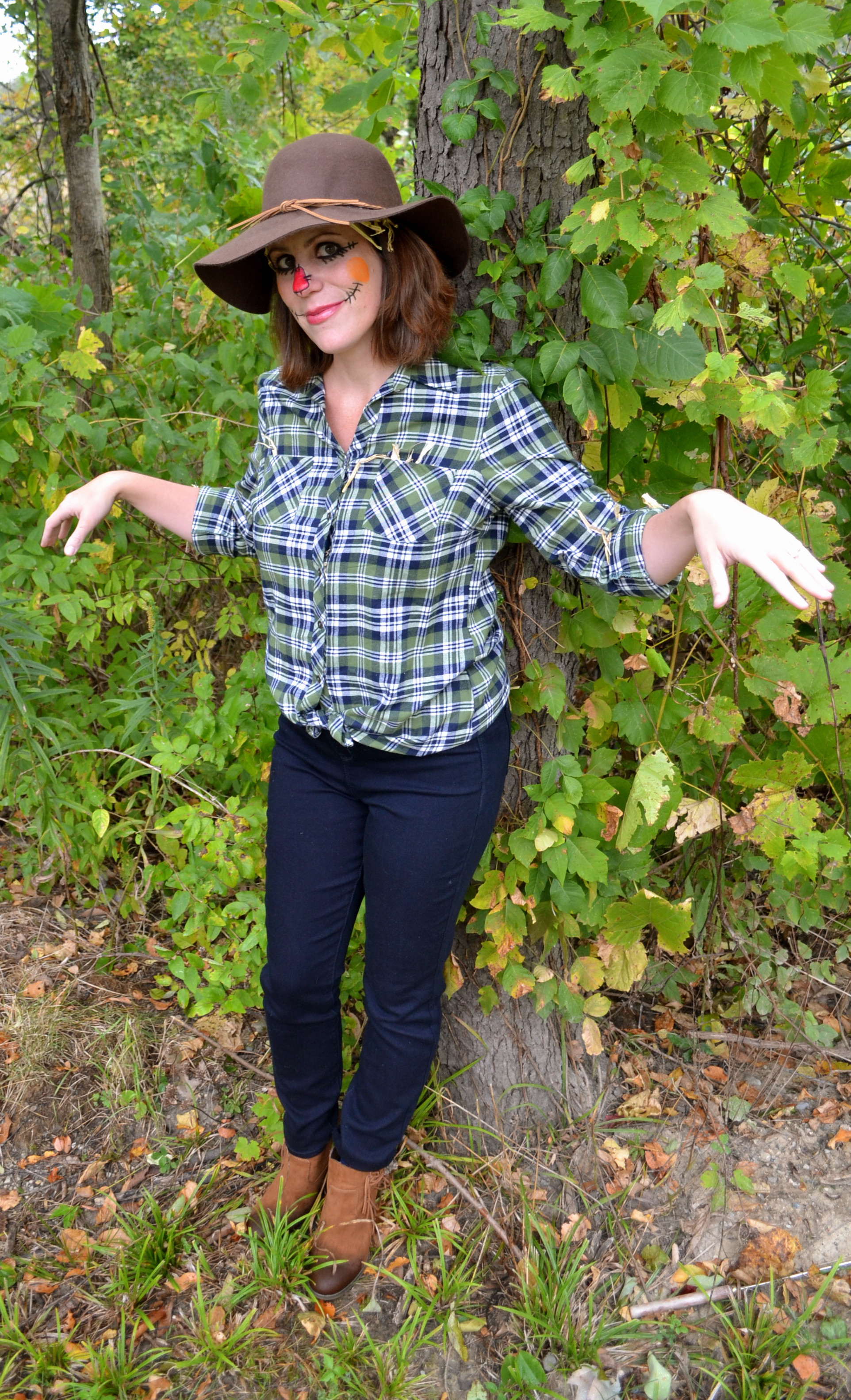 Best ideas about Scarecrow Halloween Costume DIY . Save or Pin Last Minute Halloween DIY Scarecrow Now.