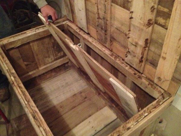 Best ideas about Secret Compartment Furniture DIY . Save or Pin Hidden partment DIY Pallet Wood Chest Now.