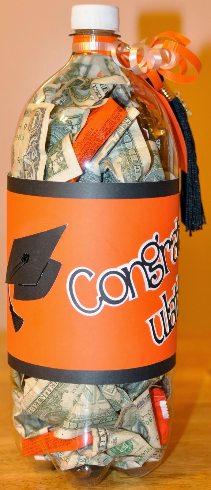 Best ideas about Senior Gift Ideas . Save or Pin GIFTS THAT SAY WOW Fun Crafts and Gift Ideas Graduation Now.