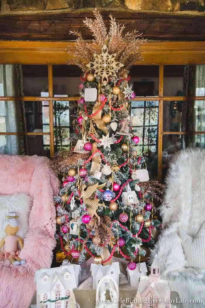 Best ideas about Shabby Chic Christmas Tree . Save or Pin How to Make Your Shabby Chic Christmas Tree Spectacular Now.