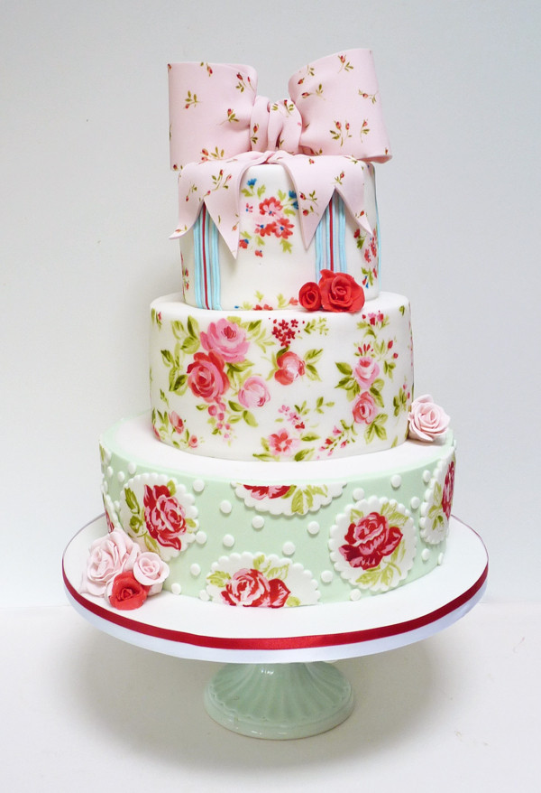 Best ideas about Shabby Chic Wedding Cake . Save or Pin Amelie s House Shabby chic wedding cake Now.