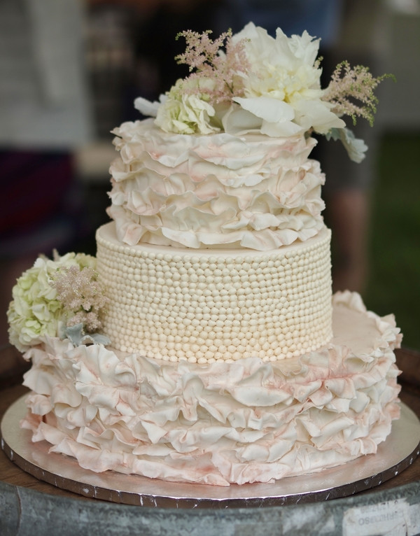 Best ideas about Shabby Chic Wedding Cake . Save or Pin These Shabby Chic Wedding Details Will Make You Swoon Now.