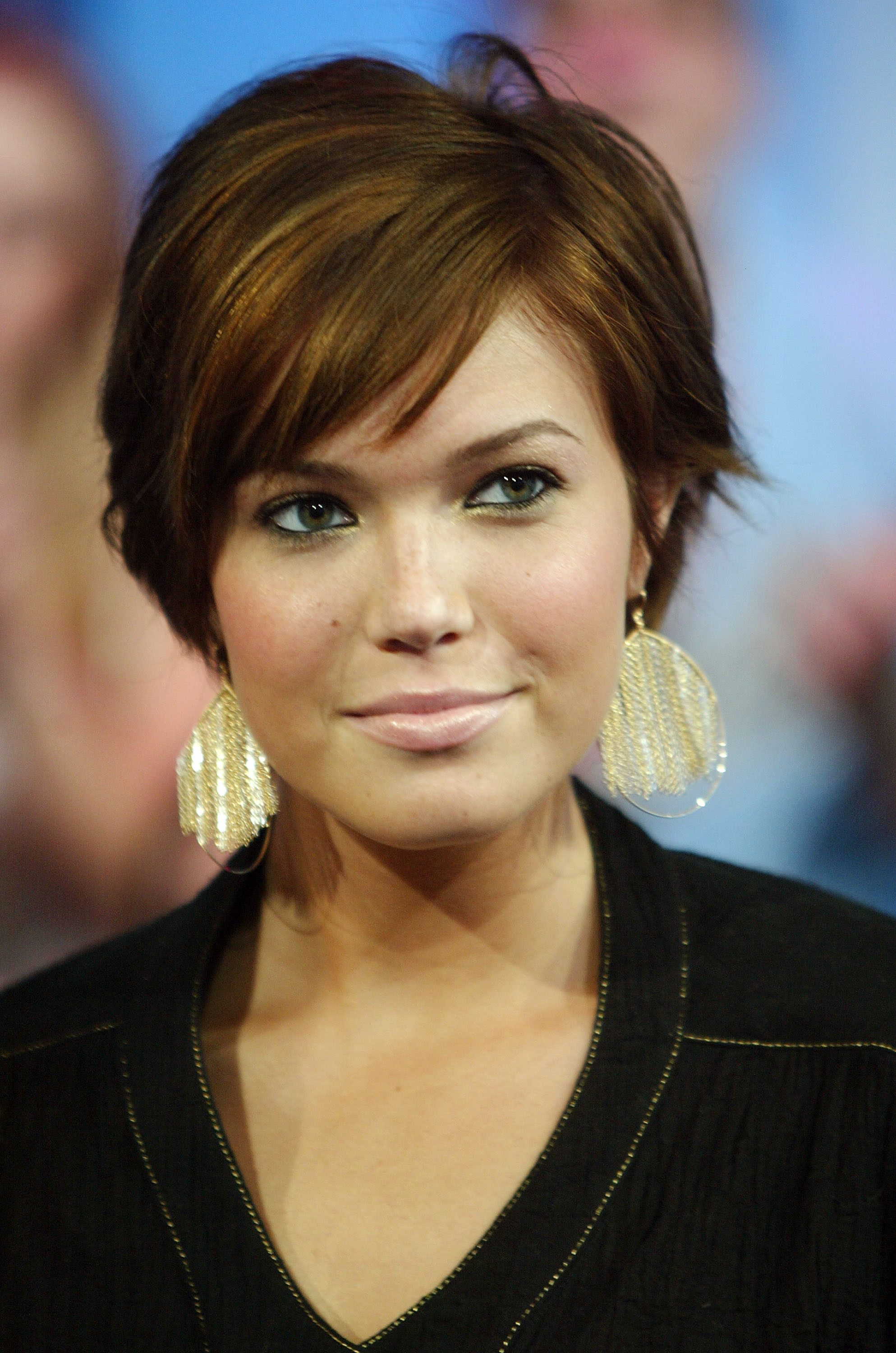 Best ideas about Short Haircuts For Round Faces And Thin Hair . Save or Pin StyleNoted Now.