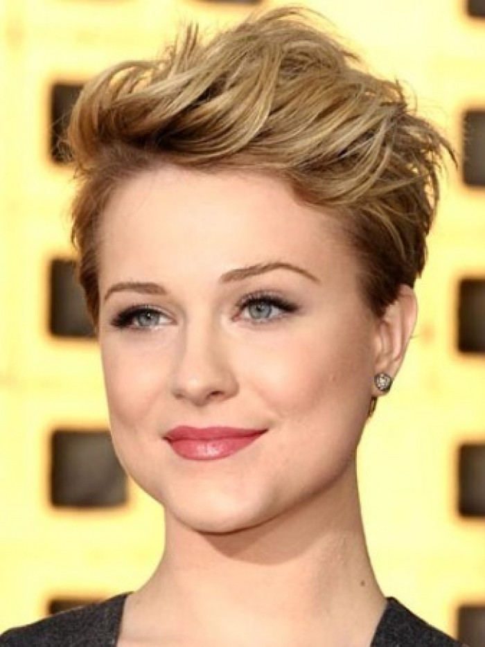 Best ideas about Short Haircuts For Round Faces And Thin Hair . Save or Pin Best Short Hairstyles For Round Faces Now.