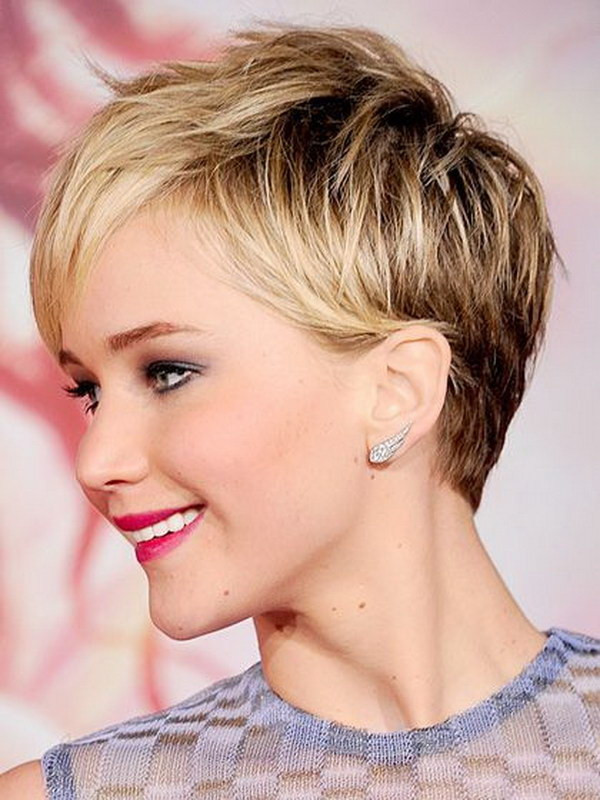 Best ideas about Short Haircuts For Round Faces . Save or Pin 25 Beautiful Short Haircuts for Round Faces 2017 Now.