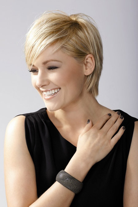 Best ideas about Short Haircuts Straight Hair . Save or Pin Short Straight Haircuts Now.