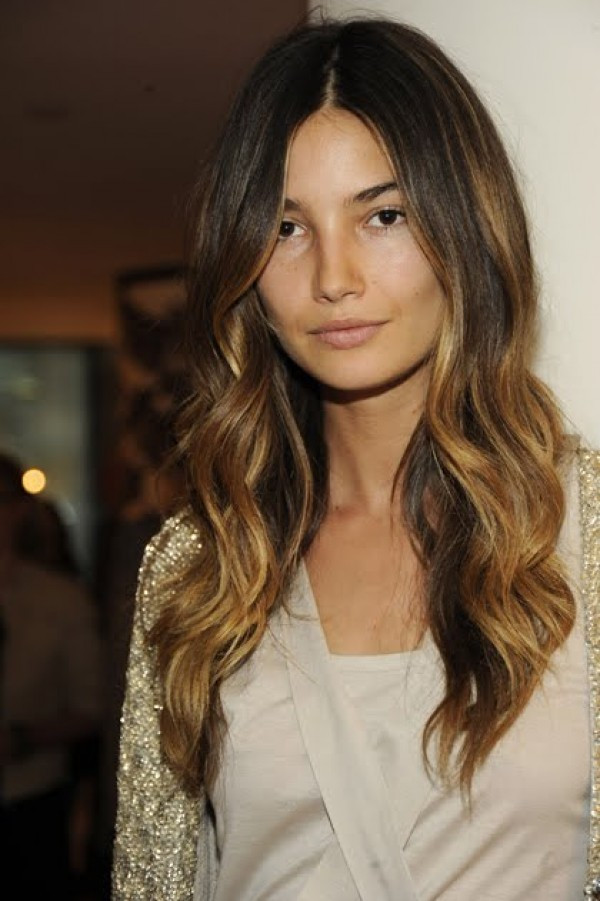 Best ideas about Soft Wave Hairstyles . Save or Pin 5 Ways To Get Loose Waves Now.