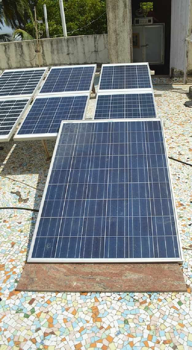 Best ideas about Solar Panels DIY . Save or Pin 12 Best DIY Solar Panel Tutorials For The Frugal Homesteader Now.