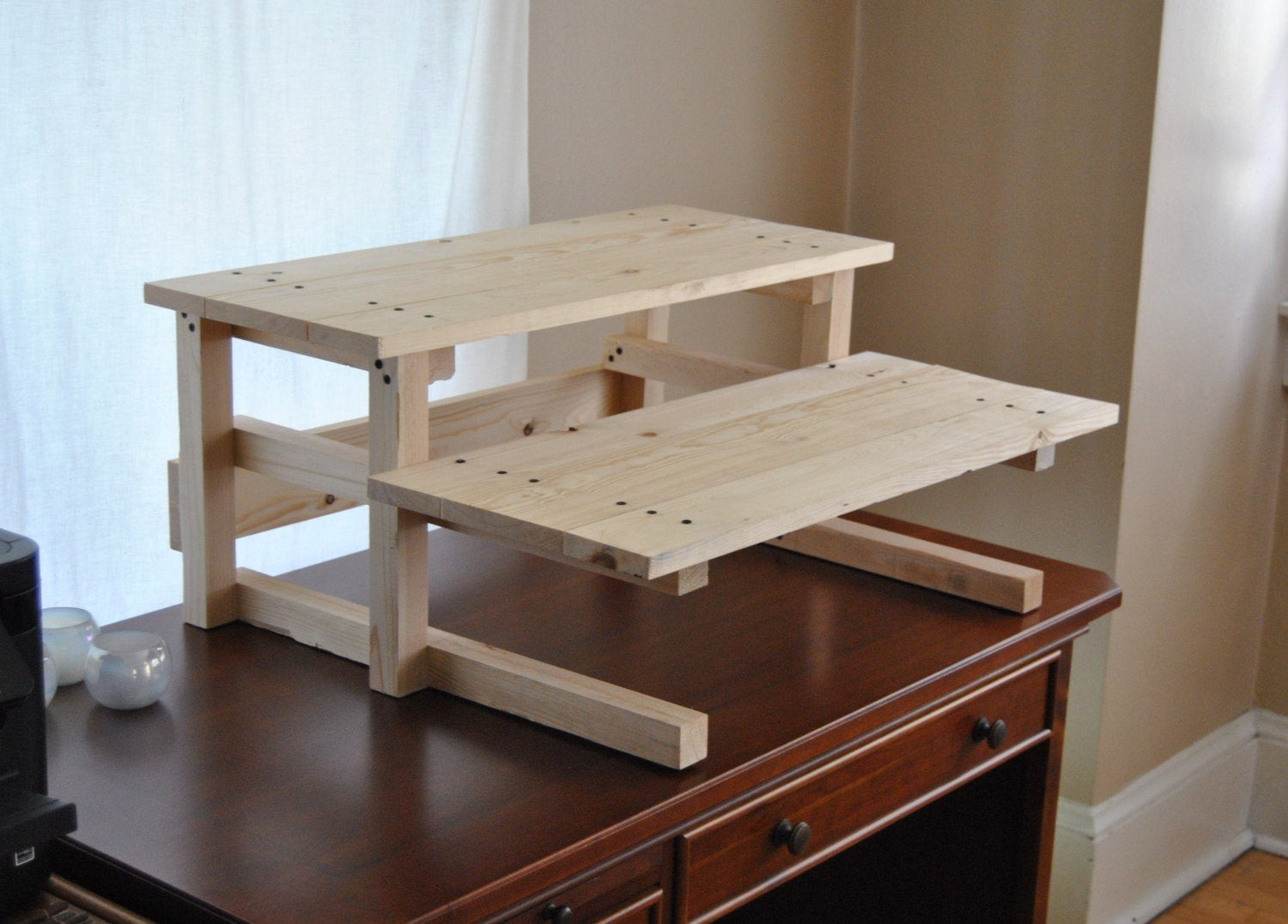 Best ideas about Standing Desks DIY . Save or Pin DIY Project Plan Two Monitor Standing puter Desk DIY Now.