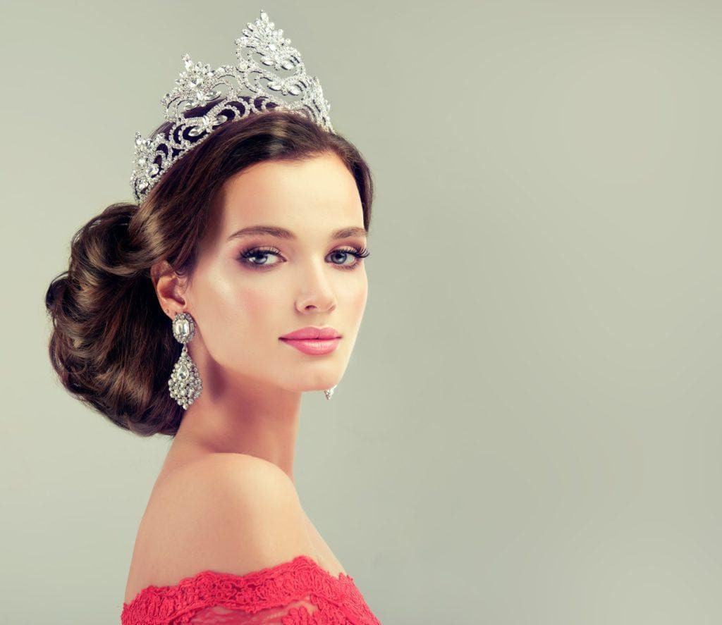 Best ideas about Tiara Hairstyles . Save or Pin Glam and Grown Up Hairstyles with Tiara Accessories Now.