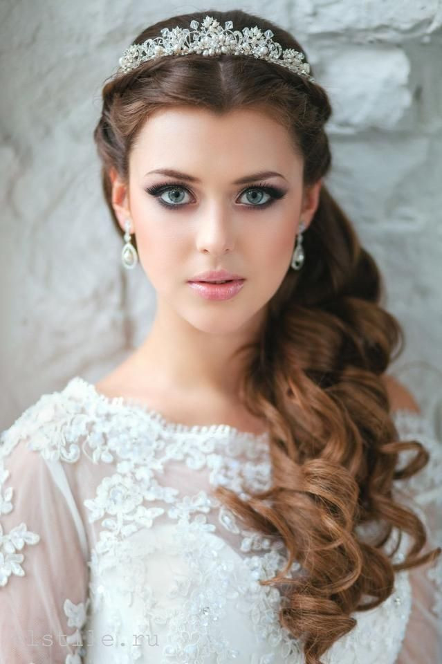Best ideas about Tiara Hairstyles . Save or Pin 25 Best Ideas about Tiara Hairstyles on Pinterest Now.