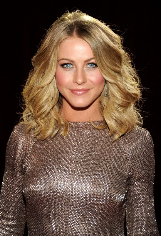 Best ideas about Wavy Medium Hairstyle . Save or Pin Best Celebrity Hairstyles from 2012 People s Choice Awards Now.