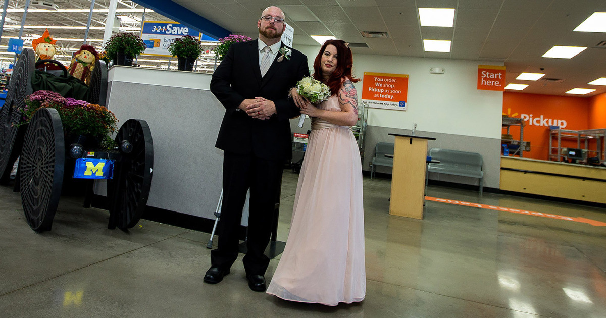 Best ideas about Wedding Gift Ideas Walmart . Save or Pin Walmart Employees Get Married In Store Where They Work Now.