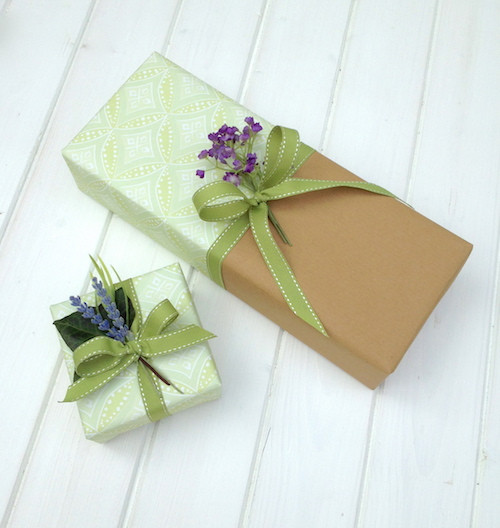 Best ideas about Wedding Gift Wrap Ideas . Save or Pin Wrapping a Wedding Gift and making it stand out on the Now.