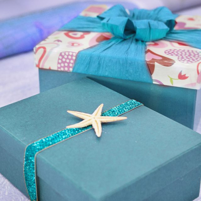 Best ideas about Wedding Gift Wrapping Ideas . Save or Pin Creative Wedding Gift Wrapping Ideas Now.