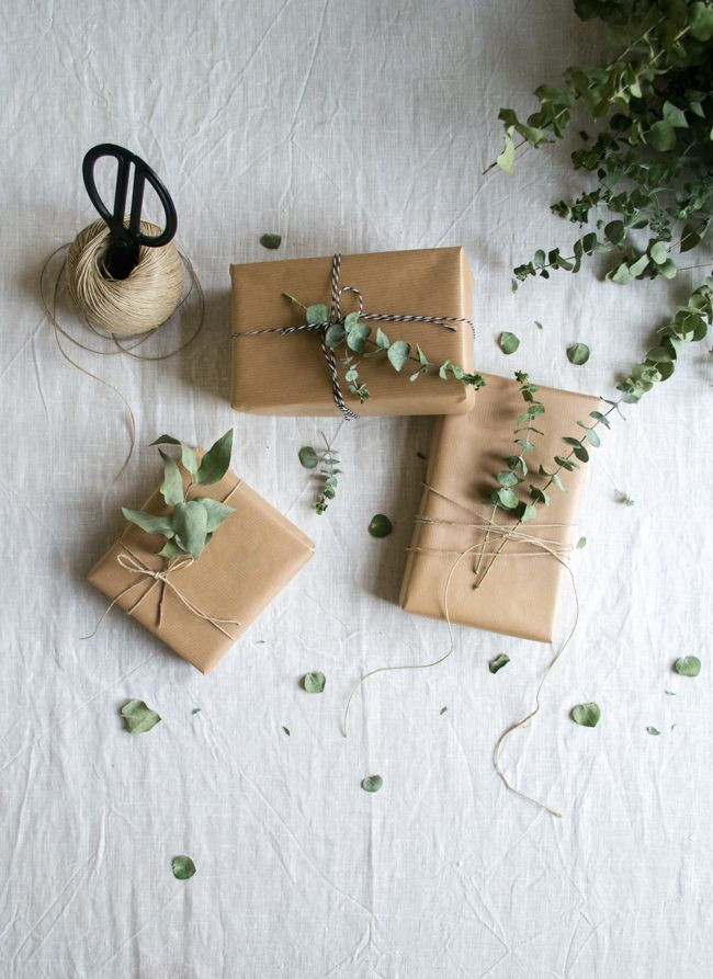 Best ideas about Wedding Gift Wrapping Ideas . Save or Pin Best 25 Wedding t wrapping ideas on Pinterest Now.