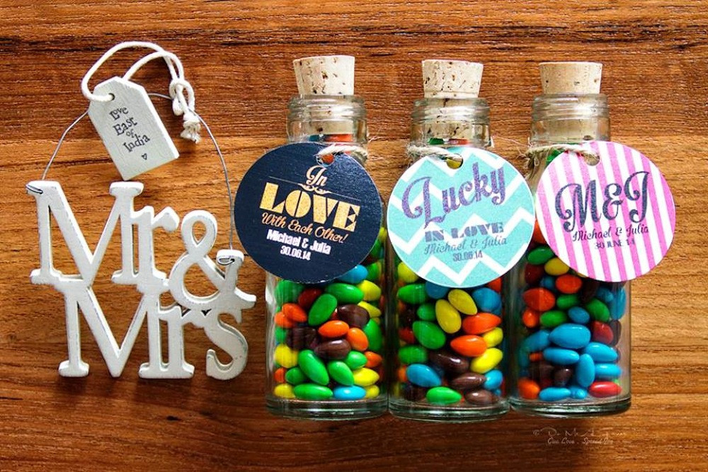Best ideas about Wedding Guest Gift Ideas Cheap . Save or Pin Wedding favours in Singapore Where to cheap party Now.