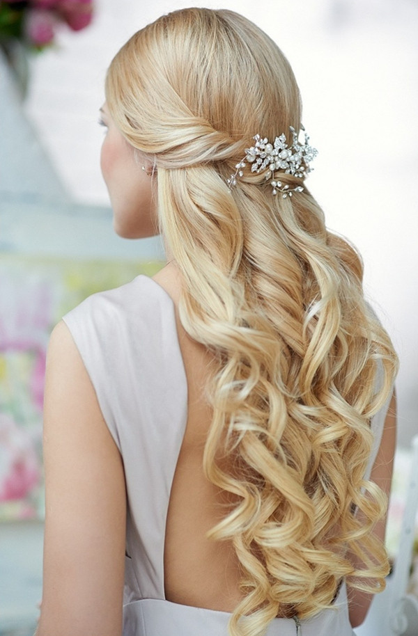 Best ideas about Wedding Hairstyles Down Curly . Save or Pin 20 Most Elegant And Beautiful Wedding Hairstyles Now.