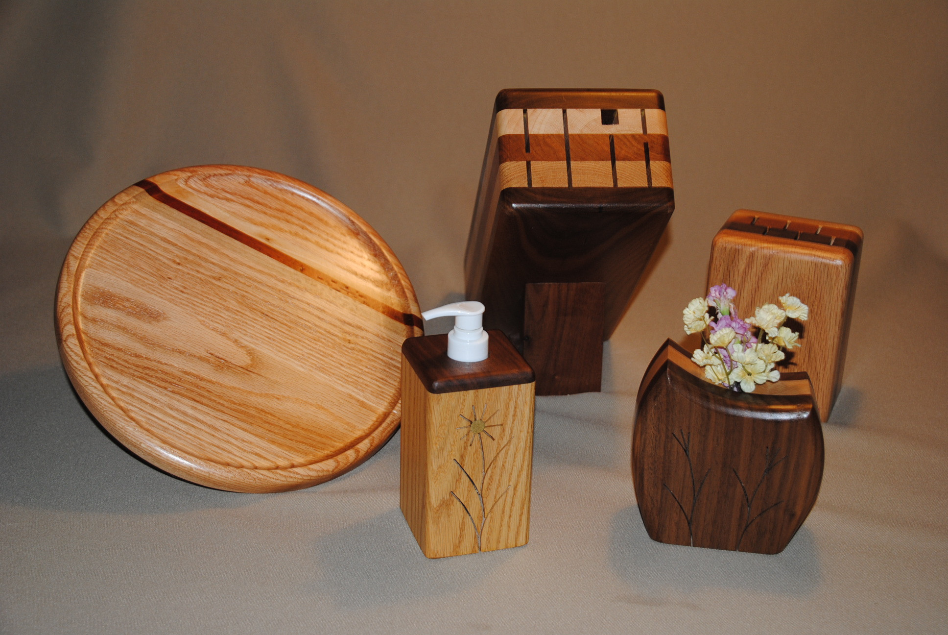 Best ideas about Wooden Gift Ideas . Save or Pin 5 Wooden Gift Ideas to Give on Your 5th Anniversary Now.