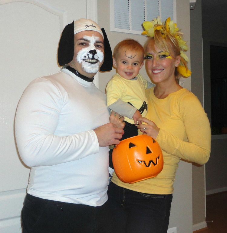 Best ideas about Woodstock Costume DIY . Save or Pin Cute family costume Charlie Brown gang Now.