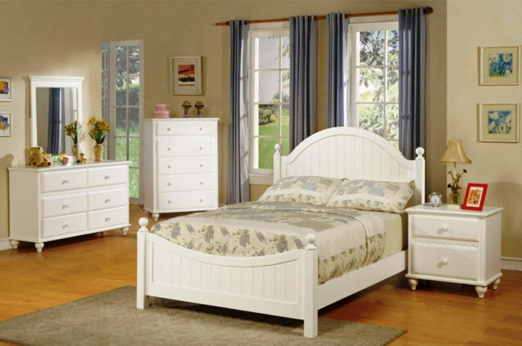 Best ideas about Young Adult Bedroom Ideas . Save or Pin Extraordinary Bedroom Ideas for Young Adults with Jazzy Now.